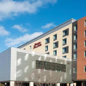 Hampton Inn & Suites Grand Rapids Downtown