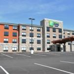 Holiday Inn Express & Suites Clarion