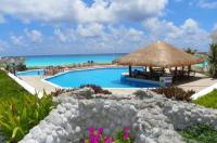 Cancun Beach ApartHotel by Las Brisas