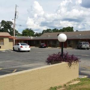 El Camino Motel FL, 32305