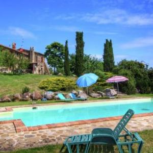 Book Now Agriturismo Podere Pantano (Radicofani, Italy). Rooms Available for all budgets. Featuring a garden with an outdoor pool Agriturismo Podere Pantano offers rustic décor with exposed-stone walls and wood-beamed ceilings. It is located in a peaceful area