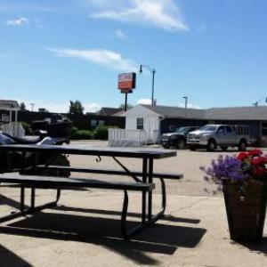 Hotels near Bonnyville Pro Rodeo - St. Paul Lodge
