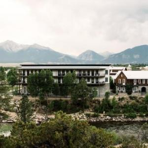 Seven Peaks Music Festival Hotels - Surf Hotel & Chateau