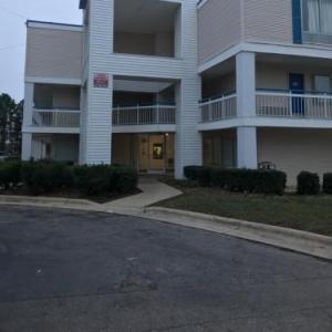 Motel 6-Raleigh NC - North
