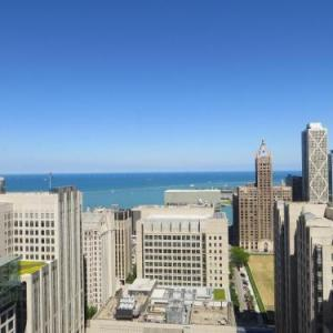 Homewood Suites Chicago Downtown - Magnificent Mile