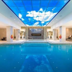 Hotels near Waterloo Memorial Recreation Complex - Delta Hotels Waterloo