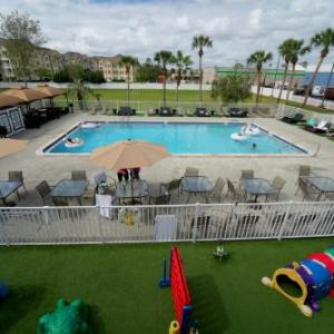 Osceola Performing Arts Center Hotels - Magic Moment Resort And Kids Club