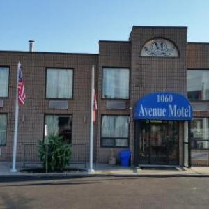 Mississauga Civic Centre Hotels - Avenue Motel