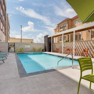 Home2 Suites by Hilton Dallas/Grand Prairie TX