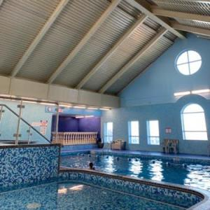 Maple Grove Rugby Park Hotels - The Fort Garry