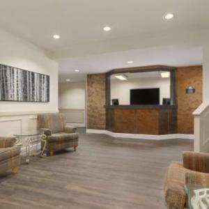 Centennial Park Canmore Hotels - Days Inn by Wyndham Canmore