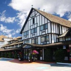 Cozystay Signature Abercorn Inn