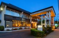 Best Western Capilano Inn & Suites Image