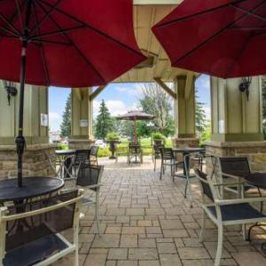 Hotels near Upper Canada Village - Best Western Parkway Inn & Conference Centre