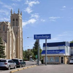 Mosaic Place Hotels - Travelodge By Wyndham Moose Jaw