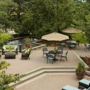 Hilton Suites Toronto/Markham Conference Center And Spa