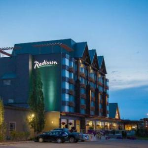 Hotels near Sawmill Catering and Banquet Centre - Radisson Hotel & Convention Center Edmonton