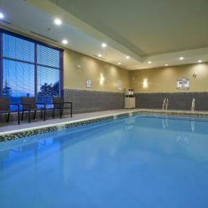 Jamaican Canadian Association Hotels - Holiday Inn Express North York