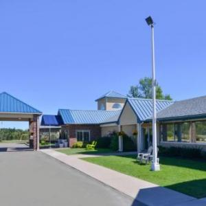 Hotels near Molson Canadian Centre at Casino New Brunswick - Days Inn & Suites Moncton