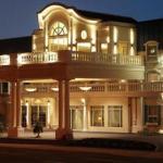 Chateau Louis Hotel & Conference Centre