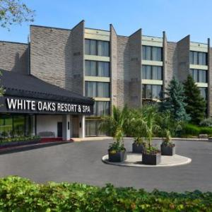 Hotels near CAW Union Hall - White Oaks Conference Resort And Spa