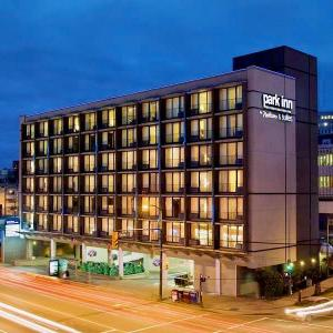 Hotels near Stanley Industrial Alliance Stage - Park Inn & Suites By Radisson Vancouver Bc