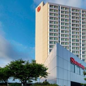 Pitt Meadows Airport Hotels - Sheraton Vancouver Guildford Hotel