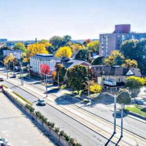 Centre In The Square Hotels - Crowne Plaza Kitchener-Waterloo