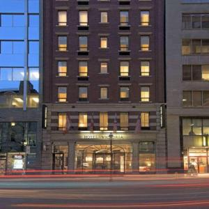 Hotels near Canadian National Exhibition - Hotel Victoria