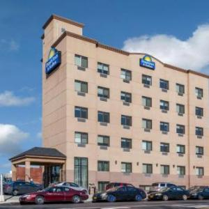 Belson Stadium Hotels - Days Inn & Suites Jamaica JFK Airport