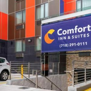 Amazura Concert Hall Hotels - Comfort Inn & Suites near JFK Air Train