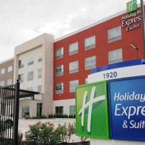 Holiday Inn Express & Suites - Houston IAH - Beltway 8 an IHG Hotel
