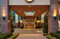 Executive Plaza Hotel Coquitlam Image