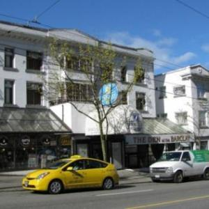 Malkin Bowl Hotels - Barclay Hotel