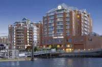 Coast Victoria Hotel and Marina by APA Image