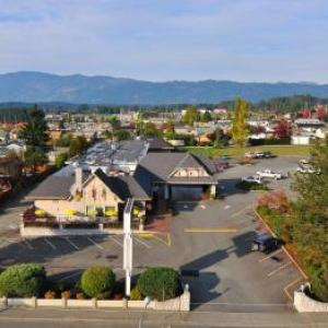 Hotels near ADSS Theatre Port Alberni - Hospitality Inn Port Alberni
