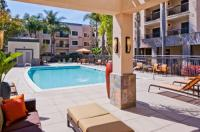 Courtyard By Marriott Carlsbad Image