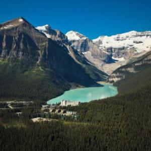 Lake Louise Ski Area Hotels - Fairmont Chateau Lake Louise