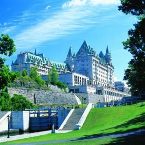 Ottawa Convention Centre Hotels - Fairmont Chateau Laurier