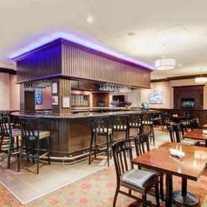 Toronto Zoo Hotels - Delta Hotels by Marriott Toronto East