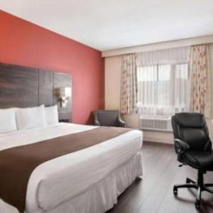 Hotels near Medicine Hat Arena - Baymont By Wyndham Medicine Hat