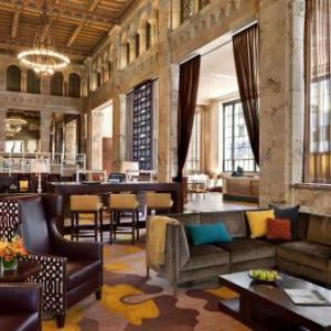 San Diego Trolley Hotels - Courtyard By Marriott San Diego Downtown