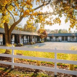 Saratoga Race Course Hotels - Brentwood Hotel