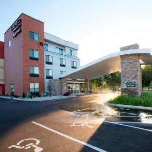 Soo Pass Ranch Hotels - Fairfield Inn & Suites Detroit Lakes