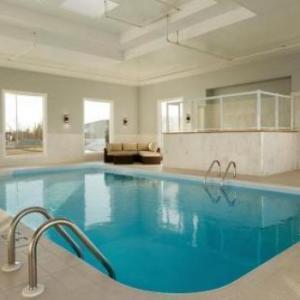 Hotels near JBS Canada Centre - Days Inn & Suites By Wyndham Brooks