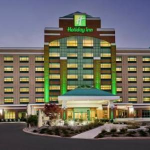 Hotels near Bronte Harbour Banquet & Conference Centre - Holiday Inn Hotel & Suites Oakville At Bronte