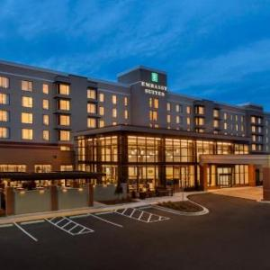 Hotels near TPC Sugarloaf - Embassy Suites by Hilton Atlanta NE Gwinnett Sugarloaf