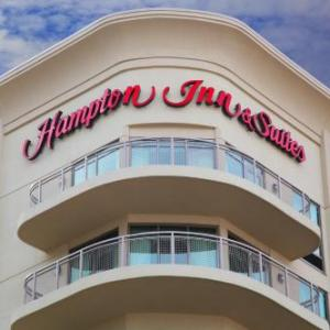 Hampton Inn and Suites Roanoke-Downtown VA