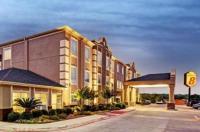 Super 8-San Antonio-Alamodome Area Image