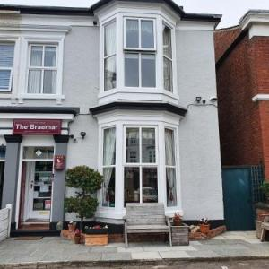 Hotels near Waterfront Southport - The Braemar Southport